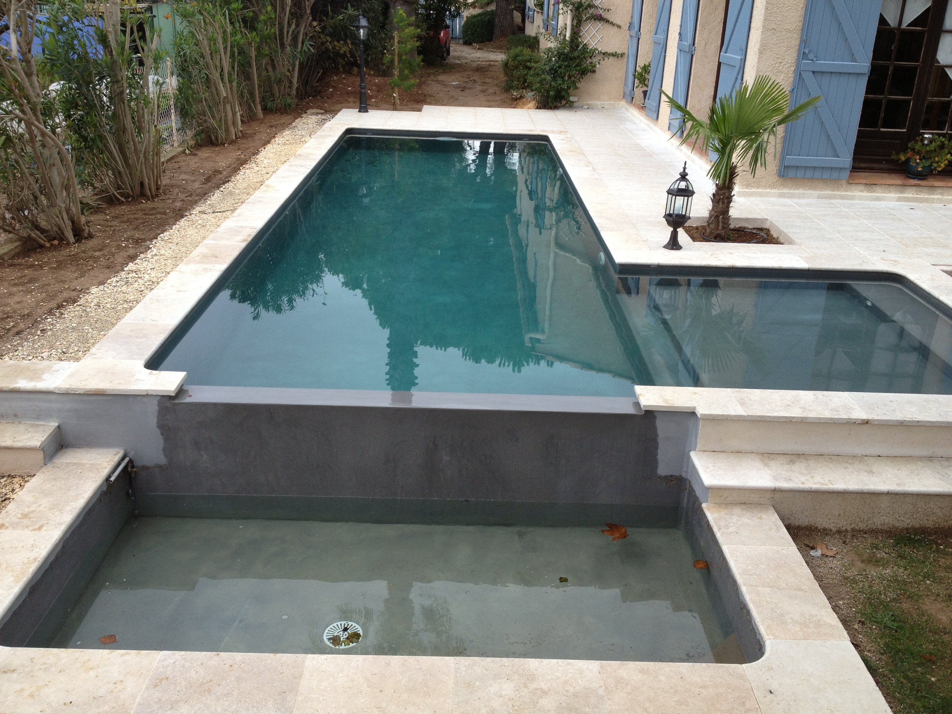 Piscine en b ton for Liner piscine beton